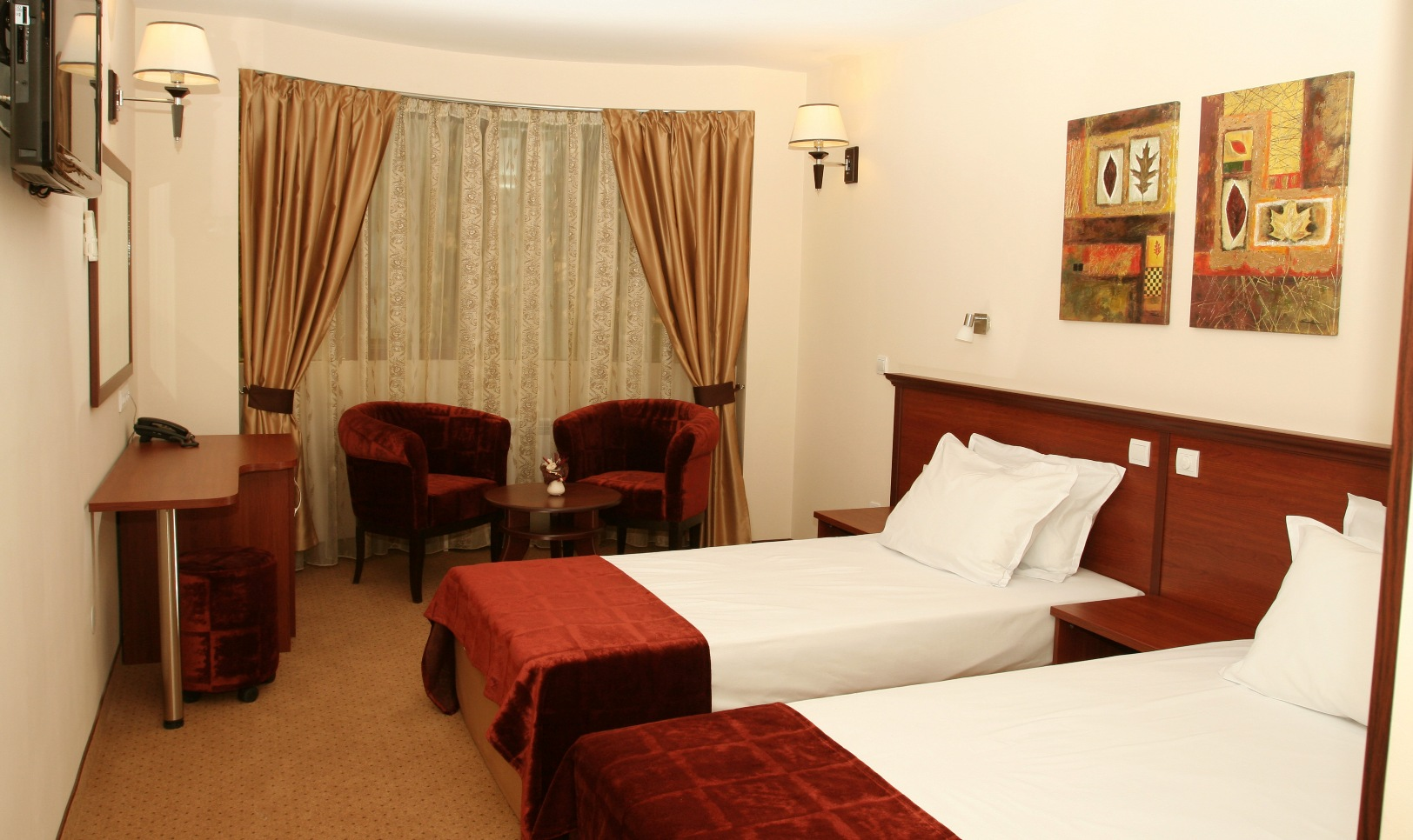 Standard twin rooms in Hotel Favorit Sofia